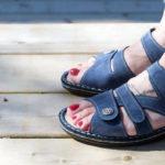 creaked-heels